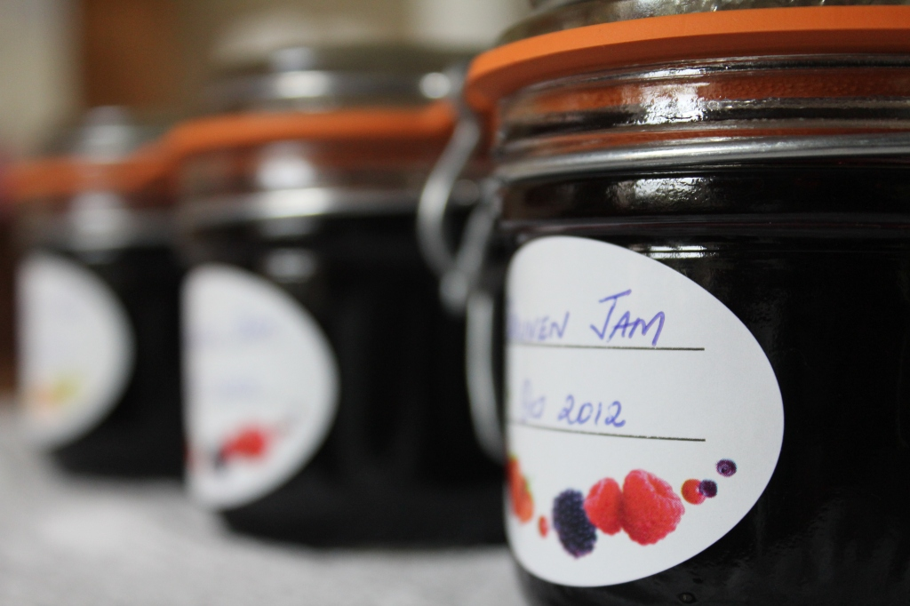 home made grape jam