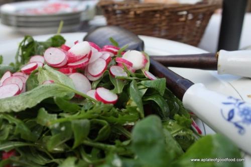 radish tomato greens salad