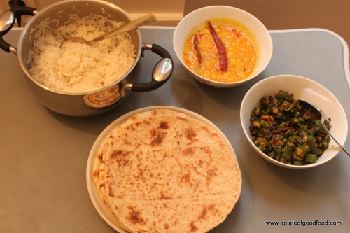 indian dal with naan